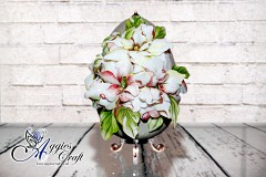 Hand Decorated Easter Egg with Magnolia Sospeso Flowers